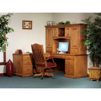 850 Desk 824 Hutch