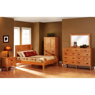 Lynnwood Collection with Panel Bed